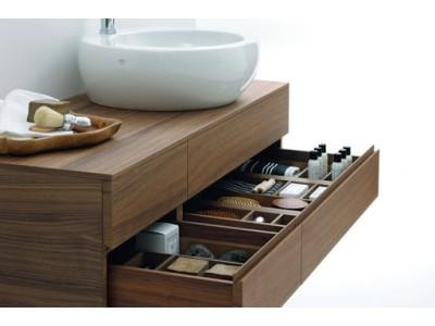 Возможности для использования подвесных тумб в интерьере ванной комнаты